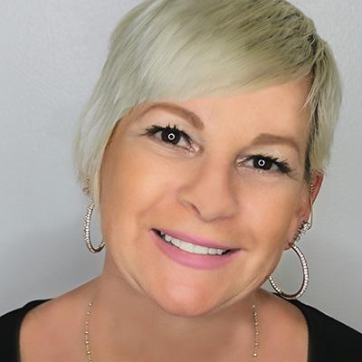 Kelly Hoffer