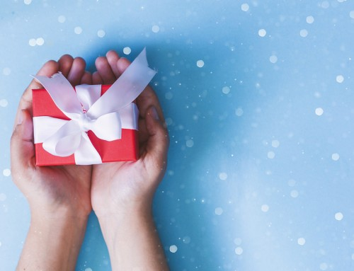 Top 3 New York Institute of Beauty Gifts to Give This Year